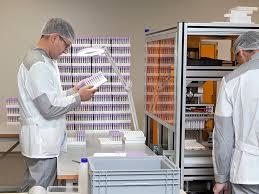Росстат: производство лекарств и медизделий выросло на 23%