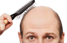 Почти четверть пациентов с Covid сталкиваются с выпадением волос через полгода после болезни