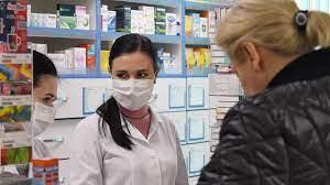 Аптеки зафиксировали снижение продаж противопростудных препаратов
