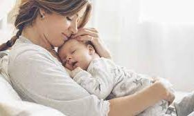 Новое исследование подтвердило низкий риск заражения новорожденного от матери с COVID-19