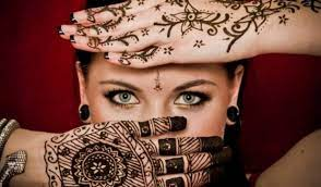 Медики: Временные татуировки опасны для здоровья