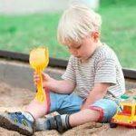 Чем опасна детская песочница?