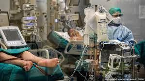 COVID в Израиле: число тяжелобольных и жертв резко возросло