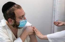 Израиль: около 7% тяжелобольных сделали третью прививку